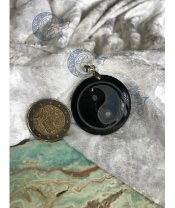 Pendentif yin et yang...
